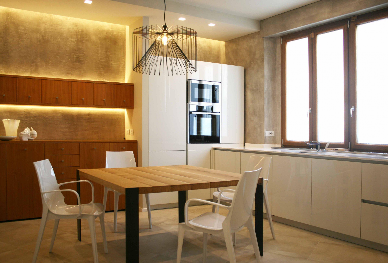 cucina bianca. Interior design restyling